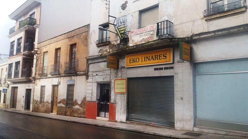 Foto: Calle Bailén, en Linares. (Adrián Mateos)
