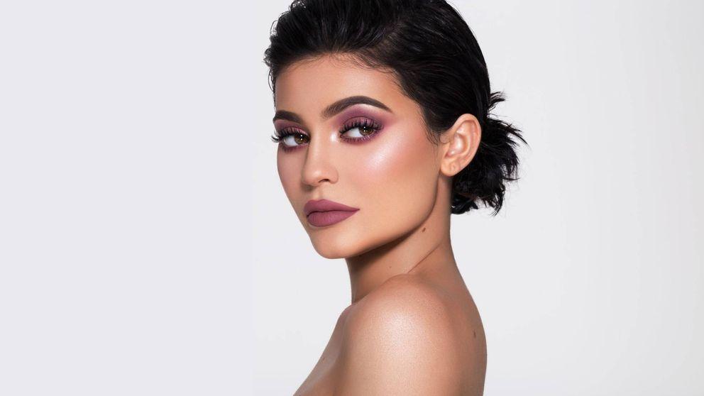 Operación ahorro: ¿merece la pena invertir en el maquillaje de Kylie Jenner?