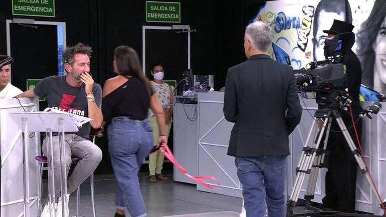 Anabel Pantoja abandonando Sálvame'. (Telecinco)