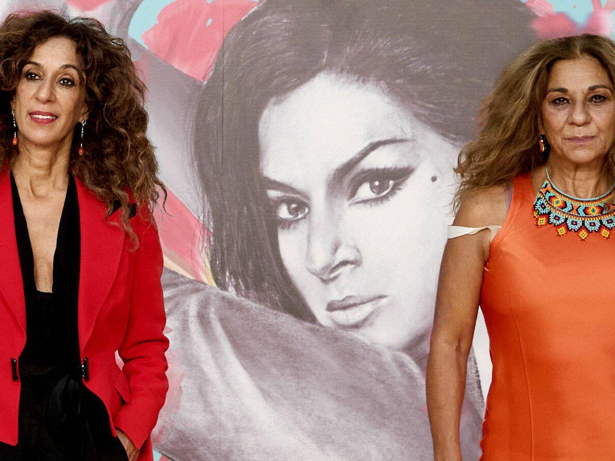 Foto: Rosario y Lolita, en la presentación de 'Lola' en el FesTVal 2021. (Getty)