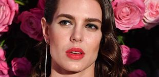 Post de Lo que se lleva es pintarse los labios de rojo como las francesas y se hace así