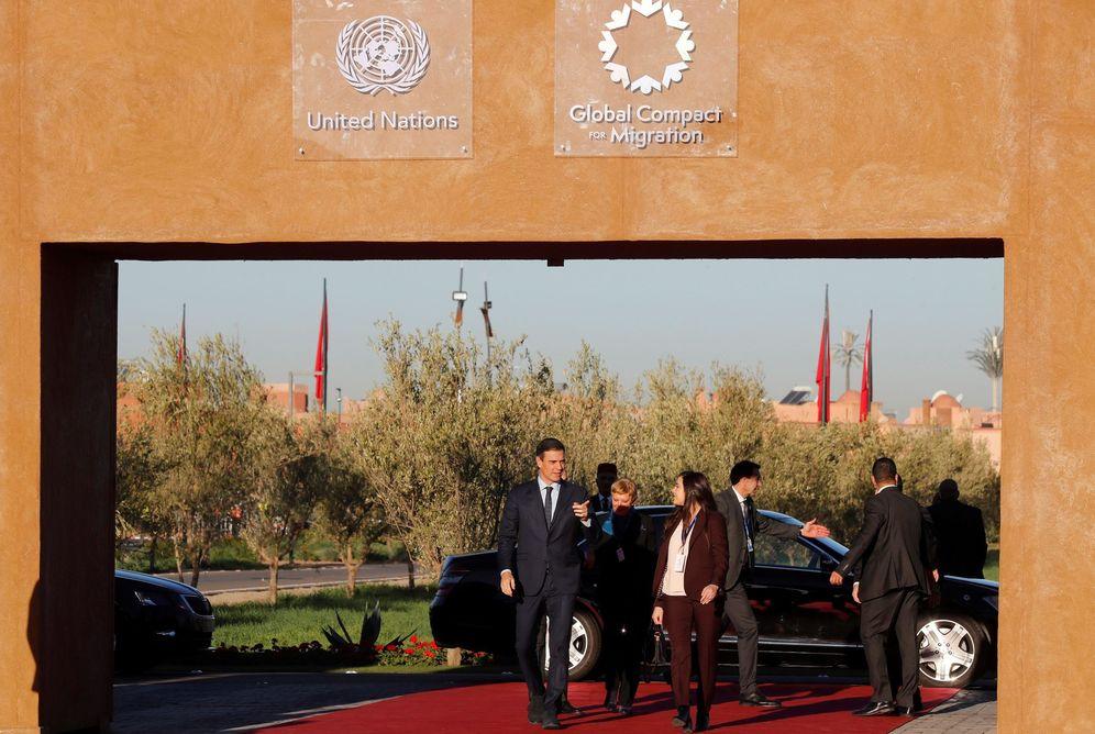 Foto: Pedro Sánchez, a su llegada a la cumbre de la ONU sobre migración en Marrakech, Marruecos, este 10 de diciembre. (EFE)