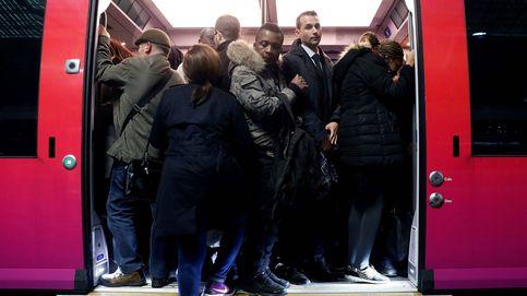 400 km de atascos en París: millones de afectados por la huelga de trenes en Francia