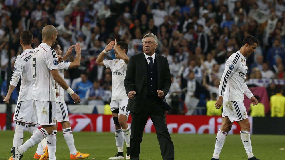 Foto: Ancelotti se fía más de Ramos que de 64 kilos de medios centros y esta vez le sale bien