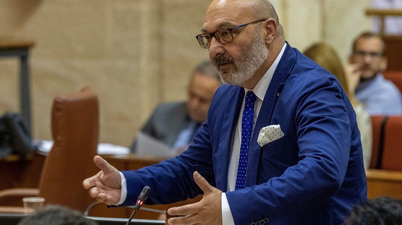 El diputado 67, la voz templada y sin exabruptos de Vox en Andalucía