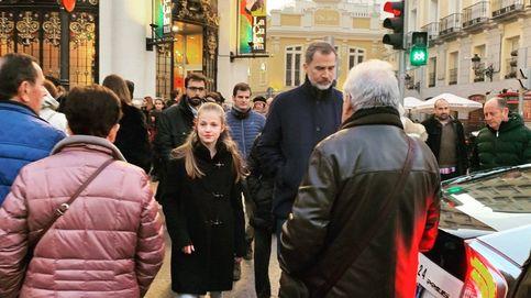 El rey Felipe VI y la princesa Leonor 'perdidos' por el centro de Madrid