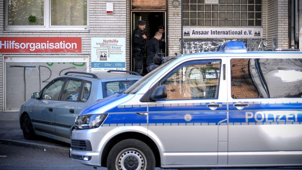 Foto: Vehículo policial en Düsseldorf (Alemania). (EFE)