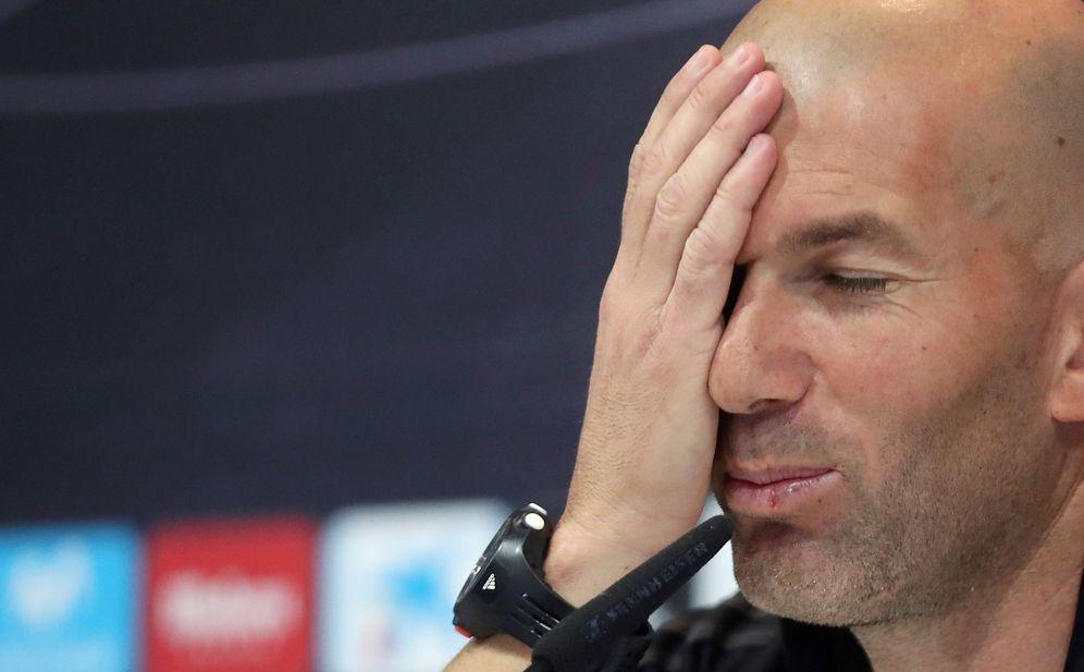 Foto: Zidane gesticula durante una rueda de prensa. (EFE)