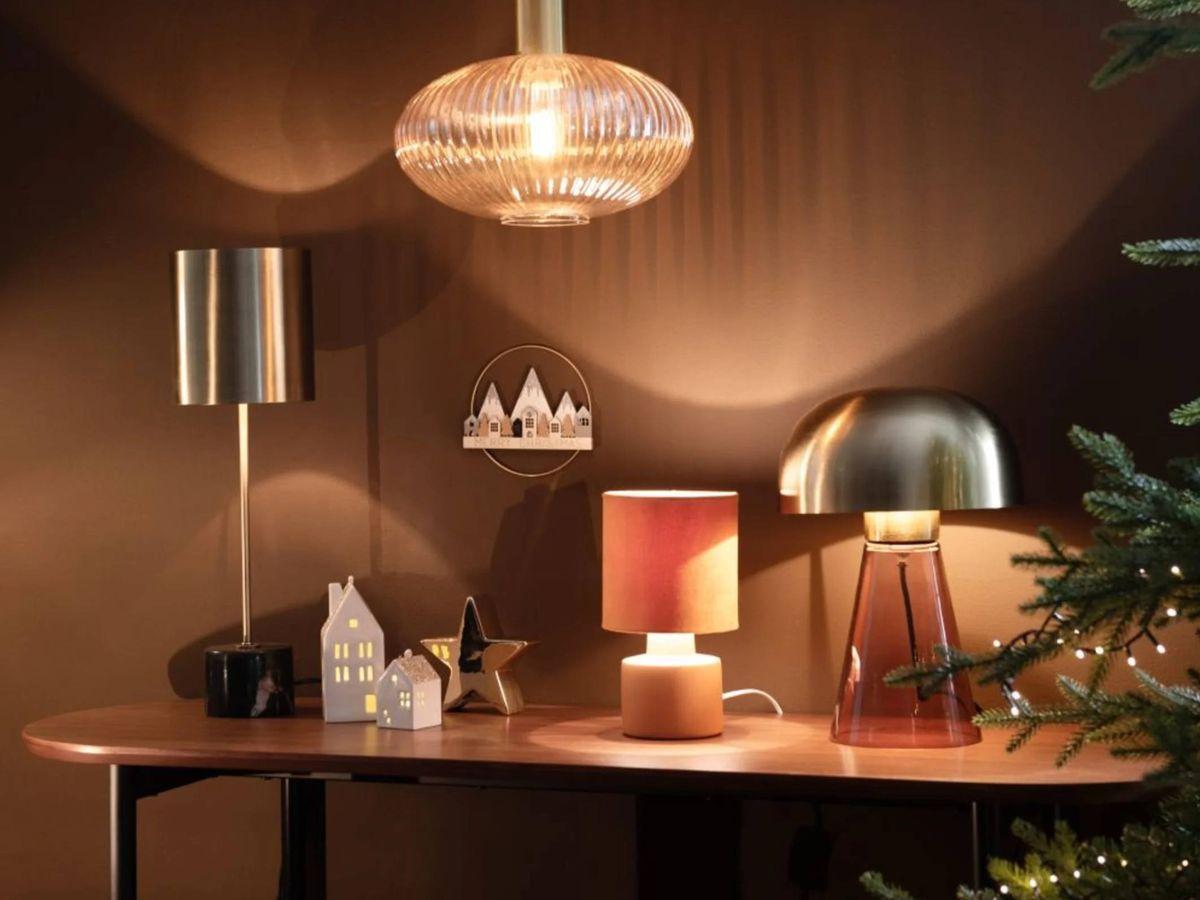 Foto: Lámparas estilosas y por menos de 20 euros como esta de Maisons du Monde. (Cortesía)