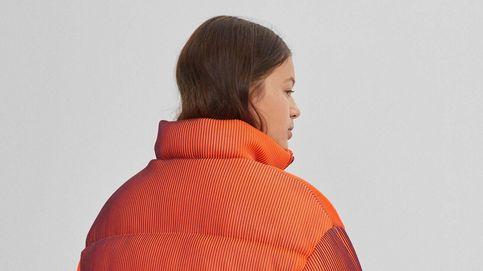 Alucina con esta chaqueta puffer de Bershka que te hará creer en la magia con su ilusión óptica