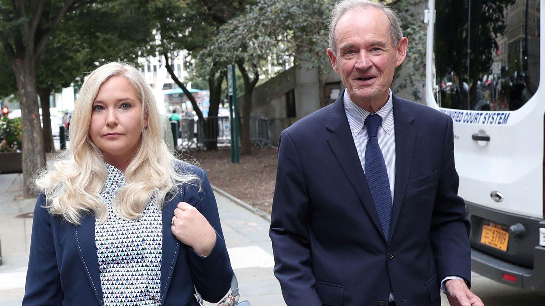 El abogado David Boies y su cliente Virginia Giuffre, en una imagen de archivo. (Reuters)