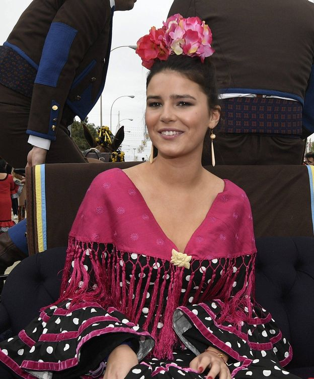 Foto: Cayetana Rivera en la Feria de Abril. (Cordon Press)
