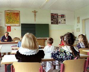 Estrasburgo declara que el crucifijo en las aulas viola la libertad religiosa