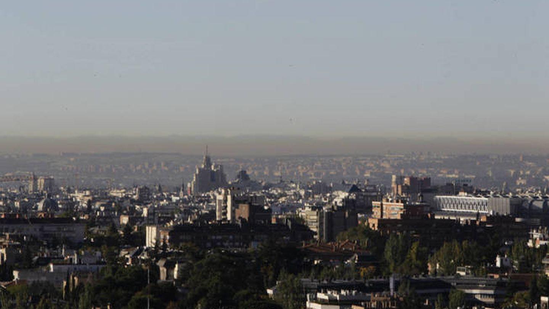 La contaminación de Madrid al fondo (EFE)