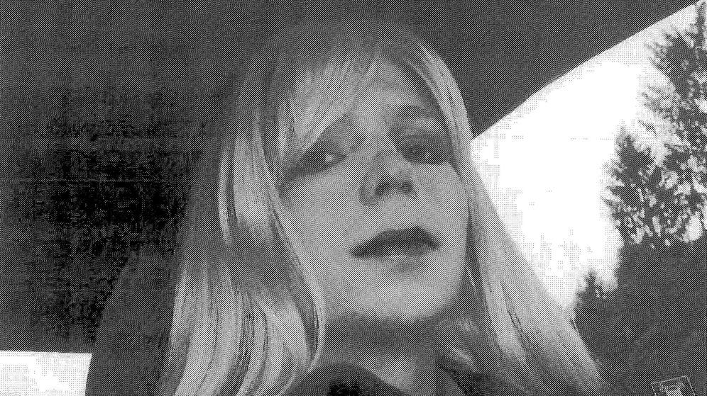 Foto: Chelsea Manning, bajo su nueva identidad, dice adiós hoy a la cárcel. (Reuters)