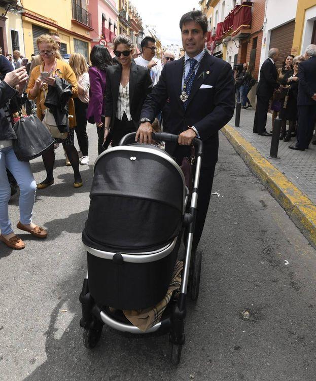 Foto: Francisco Rivera y Lourdes Montes, disfrutando de la Semana Santa. (Cordon Press)