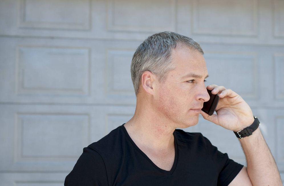 Foto: Si tienes más de 40, tendrás que hacer muchas llamadas para que te contraten. (iStock)