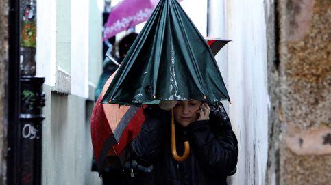 La semana santa y las protestas en Francia y Albania: el día en fotos