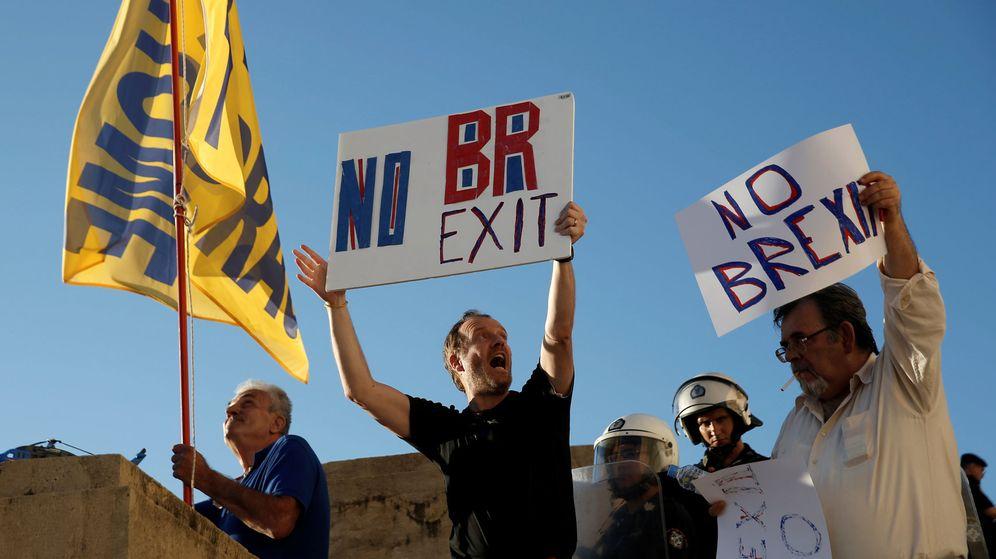Foto: Manifestantes contra el Brexit. (EFE)