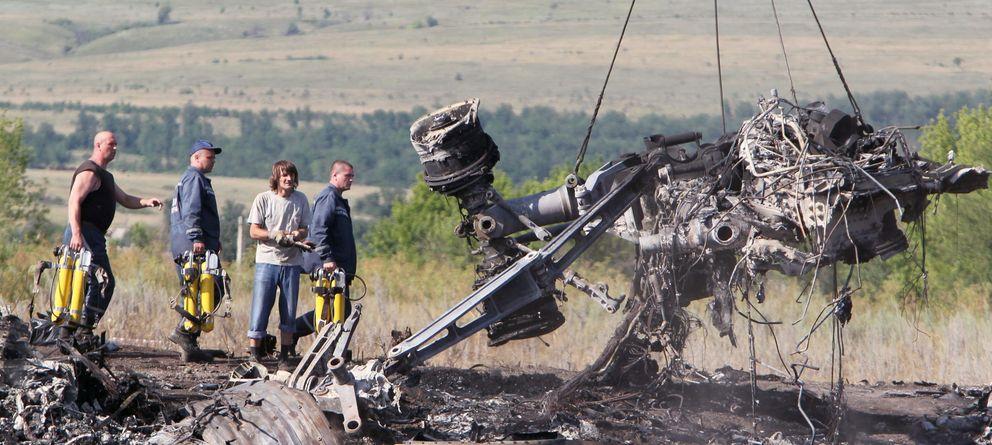 Foto: Restos del avión de Malaysia Airlines tras ser derribado. (EFE)