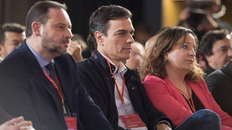 Sánchez elegirá al cartel europeo a final de año y tras las primarias locales y regionales