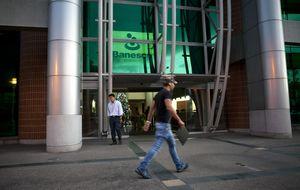 Un banquero vasco y Merrill Lynch se llevan el aguinaldo con Banesco