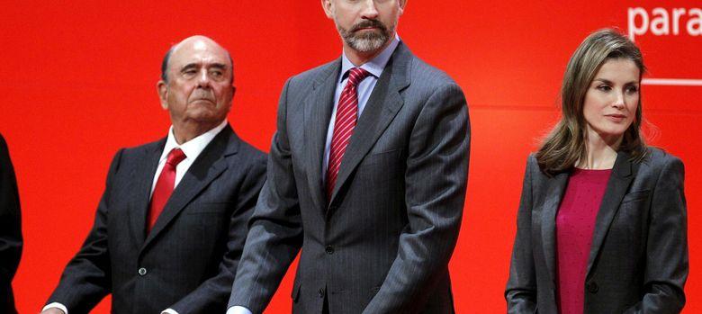 Foto: Los Príncipes de Asturias y el presidente del Banco de Santander, Emilio Botín. (EFE)