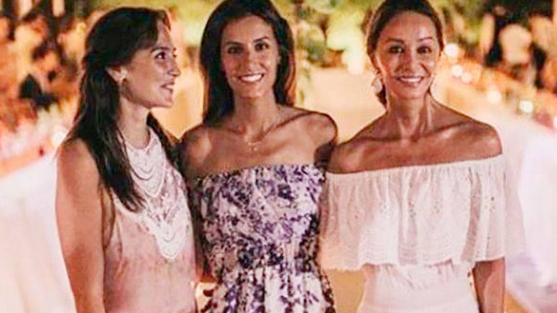 Tú a la Costa Azul y yo a La Mancha: el verano de las hermanas Preysler