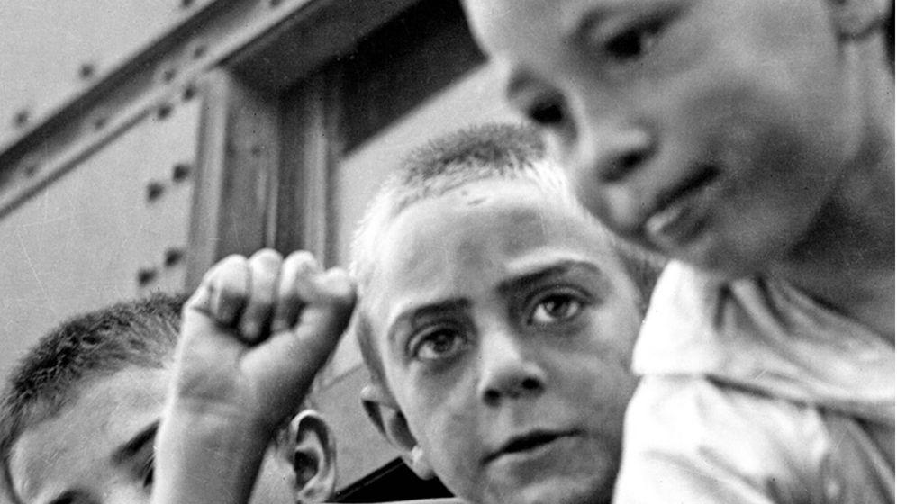 Foto: Detalle de portada de 'Los niños de Rusia'. (Crítica)