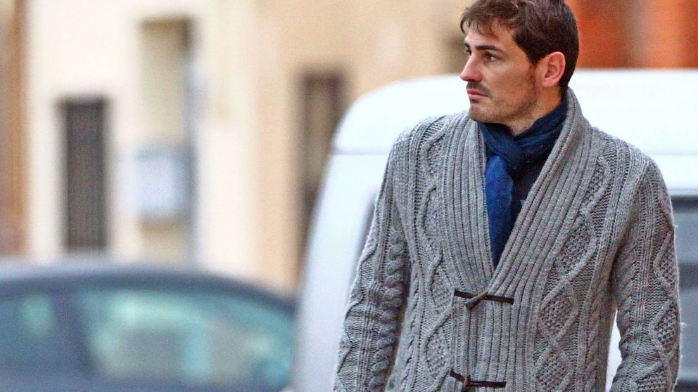 El día que Iker Casillas emborrachó y tiró a un cubo de la basura a Pipi Estrada