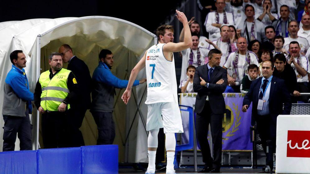 Foto: El cabreo de Luka Doncic tras ser expulsado en el Real Madrid-Valencia