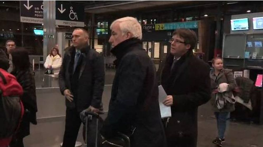 Foto: Josep Maria Matamala, alias 'Jami', acompaña a Puigdemont a Copenhague. (EFE)