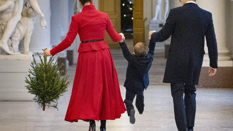 Victoria, Daniel y Oscar, en el Palacio Real de Estocolmo. (Cordon Press)