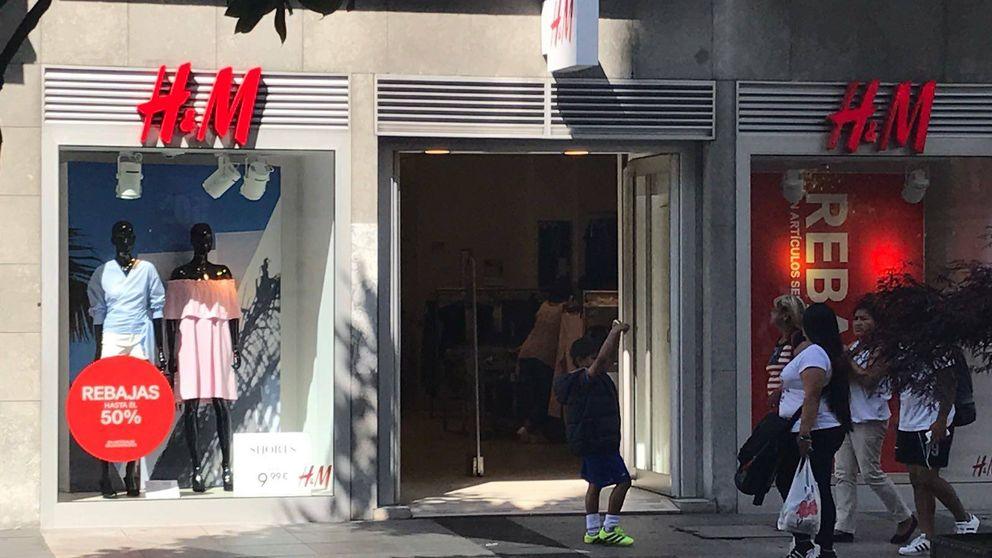 Los gigantes de moda tiran de rebajas antes de tiempo para revertir la caída en ventas