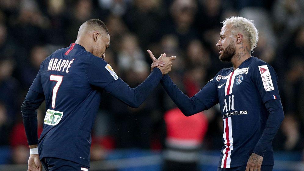 Foto: Mbappè y Neymar, los dos 'cracks' del PSG, están en la órbita de Madrid y Barcelona. (EFE)