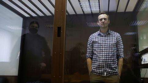 Navalni se declara en huelga de hambre hasta recibir atención médica