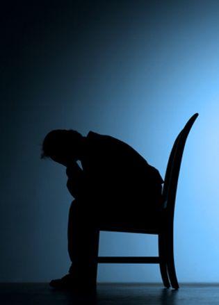 Foto: El número de suicidios supera a los muertos por accidente de tráfico
