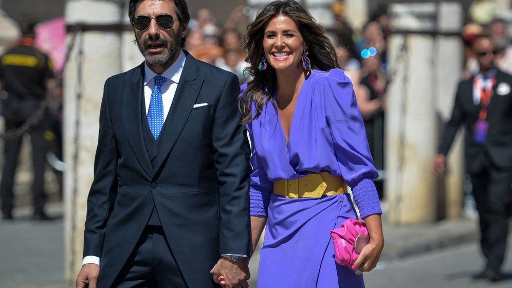 Foto: Nuria Roca y Juan del Val en la boda de Pilar Rubio y Sergio Ramos. (Getty)