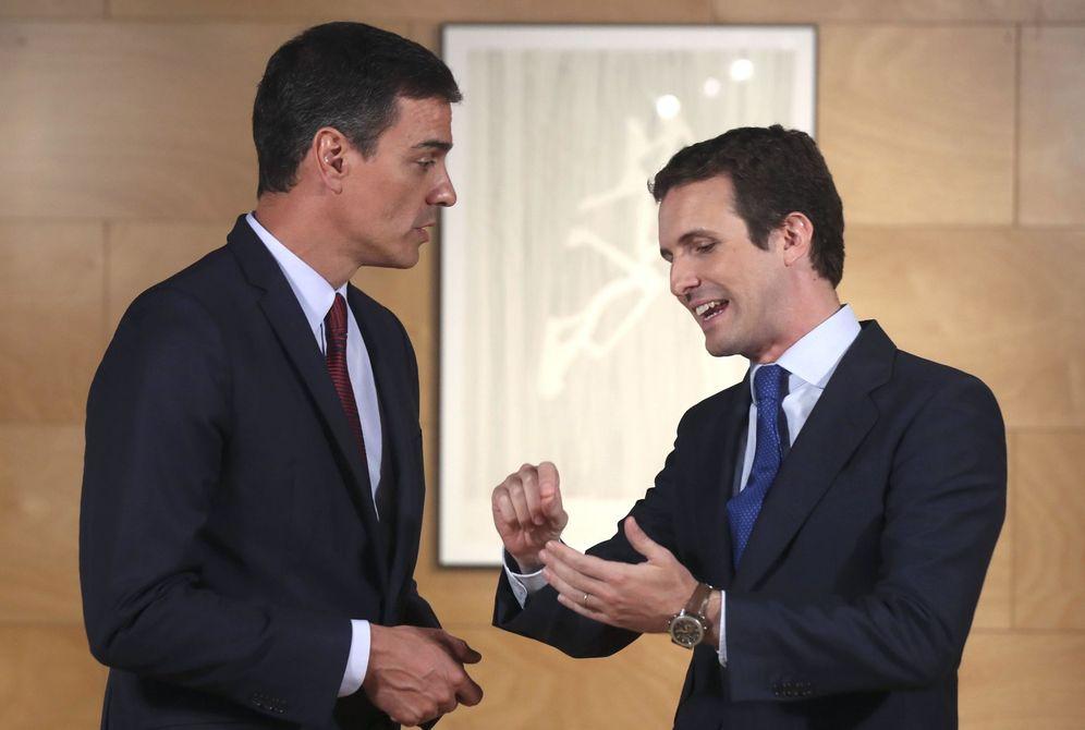 Foto: Pedro Sánchez y Pablo Casado, este 9 de julio en el Congreso. (EFE)