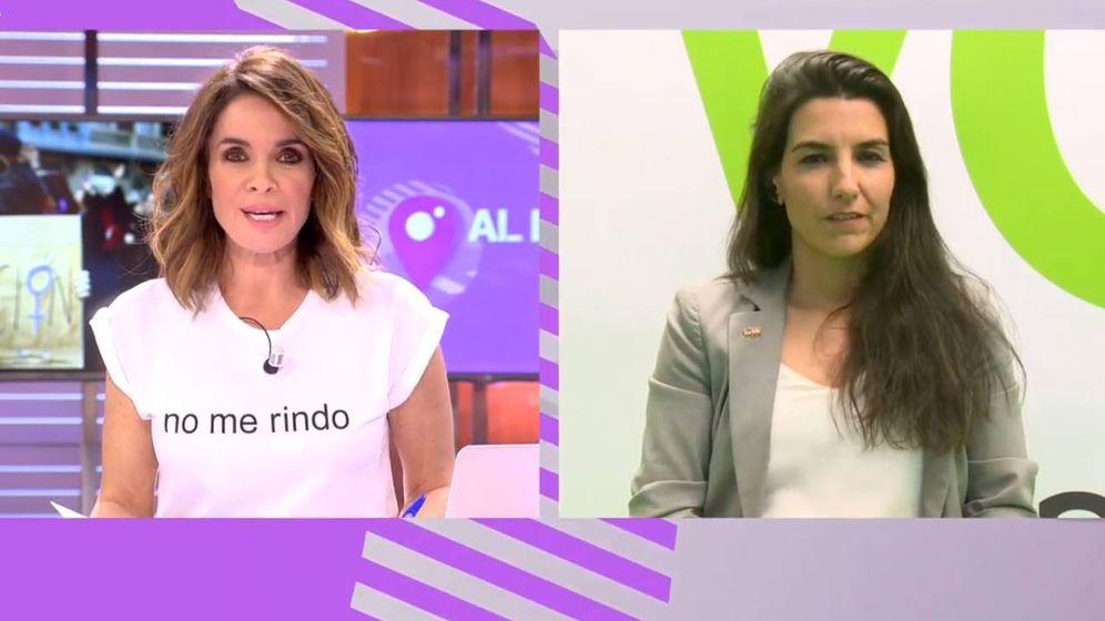 Foto: Carme Chaparro y Rocío Monasterio (Vox), en 'Cuatro al día'. (Cuatro)