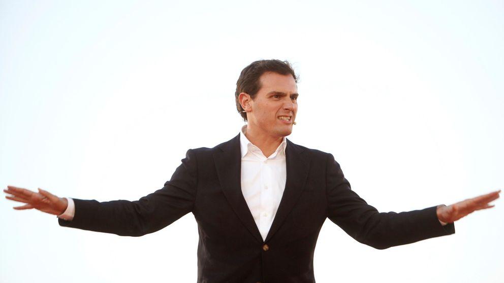Rivera vuelve a tender la mano a Casado para formar un gobierno presidido por Cs