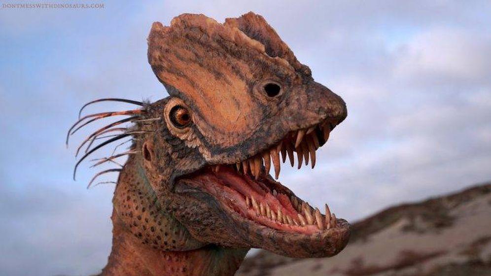 Foto: Interpretación artística de un Dilophosaurus. Foto: Brian Engh / The Saint George Dinosaur Discovery Site.