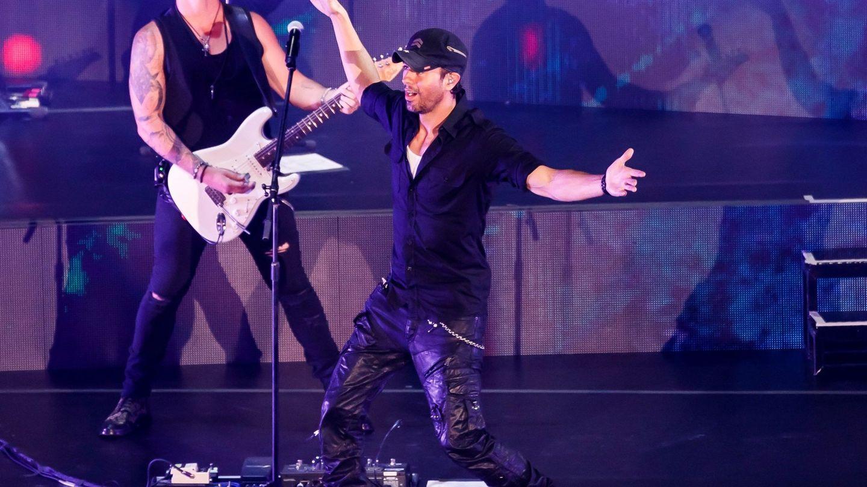 Enrique Iglesias, en un concierto reciente. (EFE)