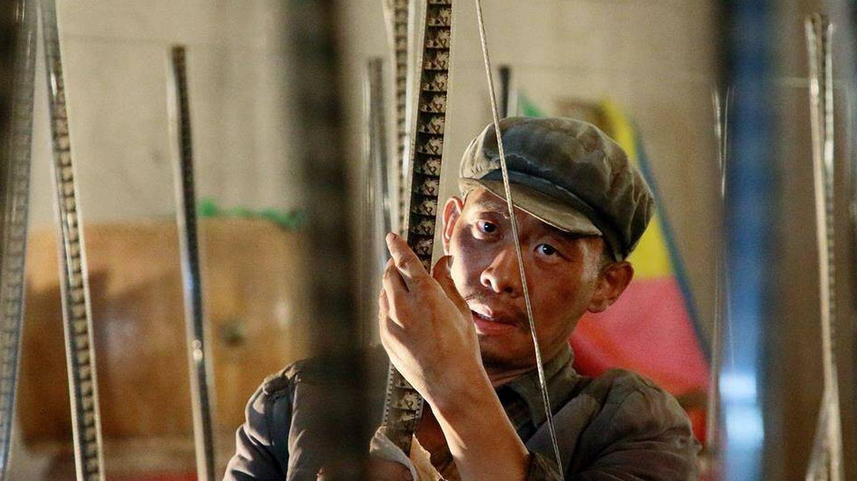 Zhang Yi interpreta a un misterioso hombre que busca desesperadamente una película. (Vértigo)