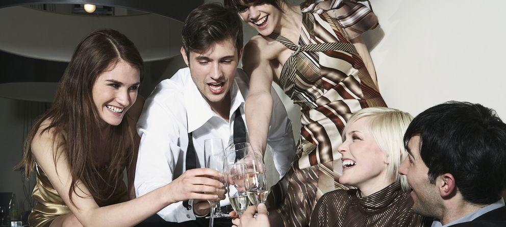 Foto: La ingesta de alcohol, especialmente entre los más jóvenes, se ha convertido en uno de los principales problemas sanitarios y sociales. (Corbis)