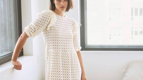 De este año no pasa: queremos este vestido blanco calado de Mango Outlet