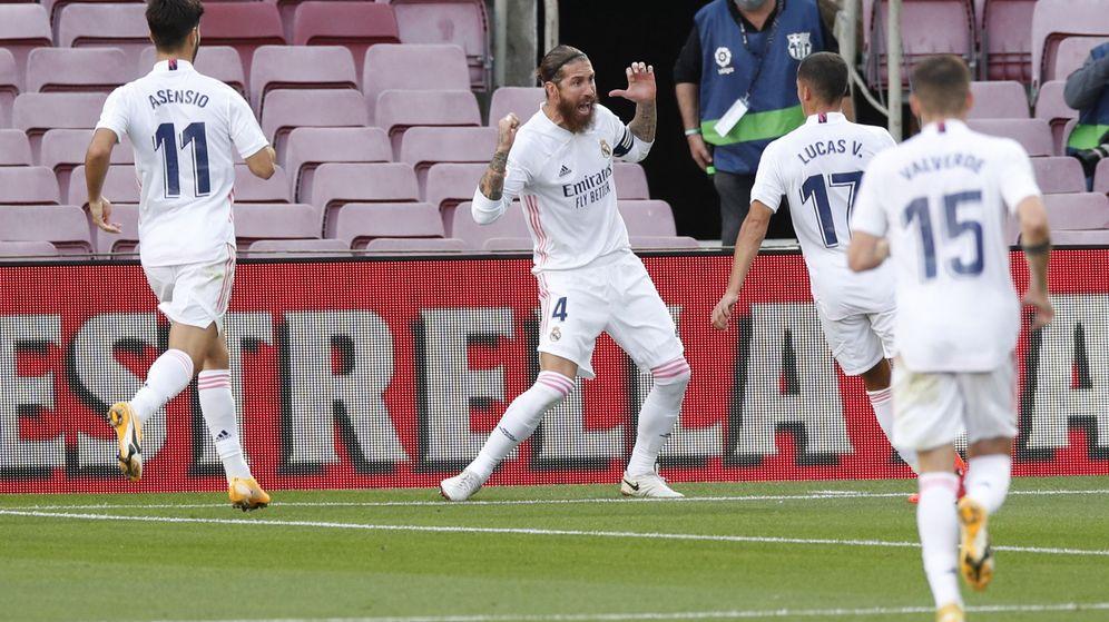 Foto: Sergio Ramos celebra el gol de penalti en el Camp Nou. (Efe)