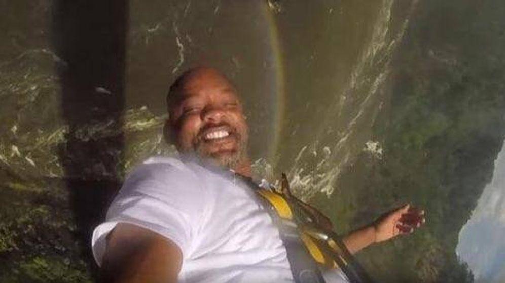 Foto: Will Smith haciendo 'puenting' en las cataratas Victoria