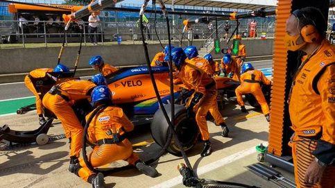 Frustrado, y sin palabras. McLaren se dispara a un pie, y a los dos de Carlos Sainz