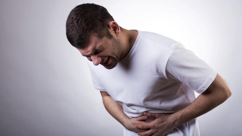 Los alimentos ácidos tienen el mismo peligro que con hincharte a comer sin mesura alguna. (iStock)